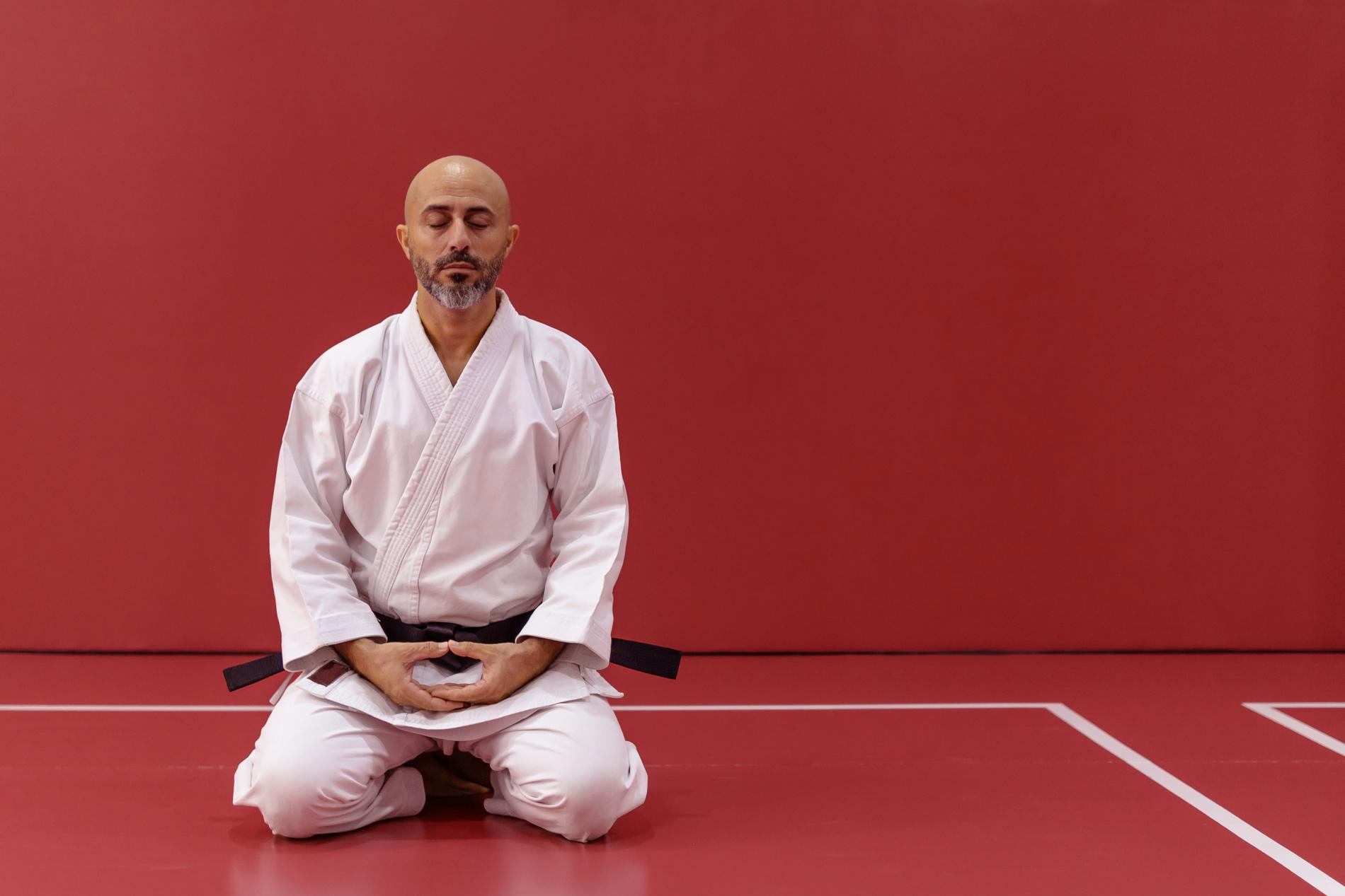 Le yoga: un complément essentiel aux sports de combat