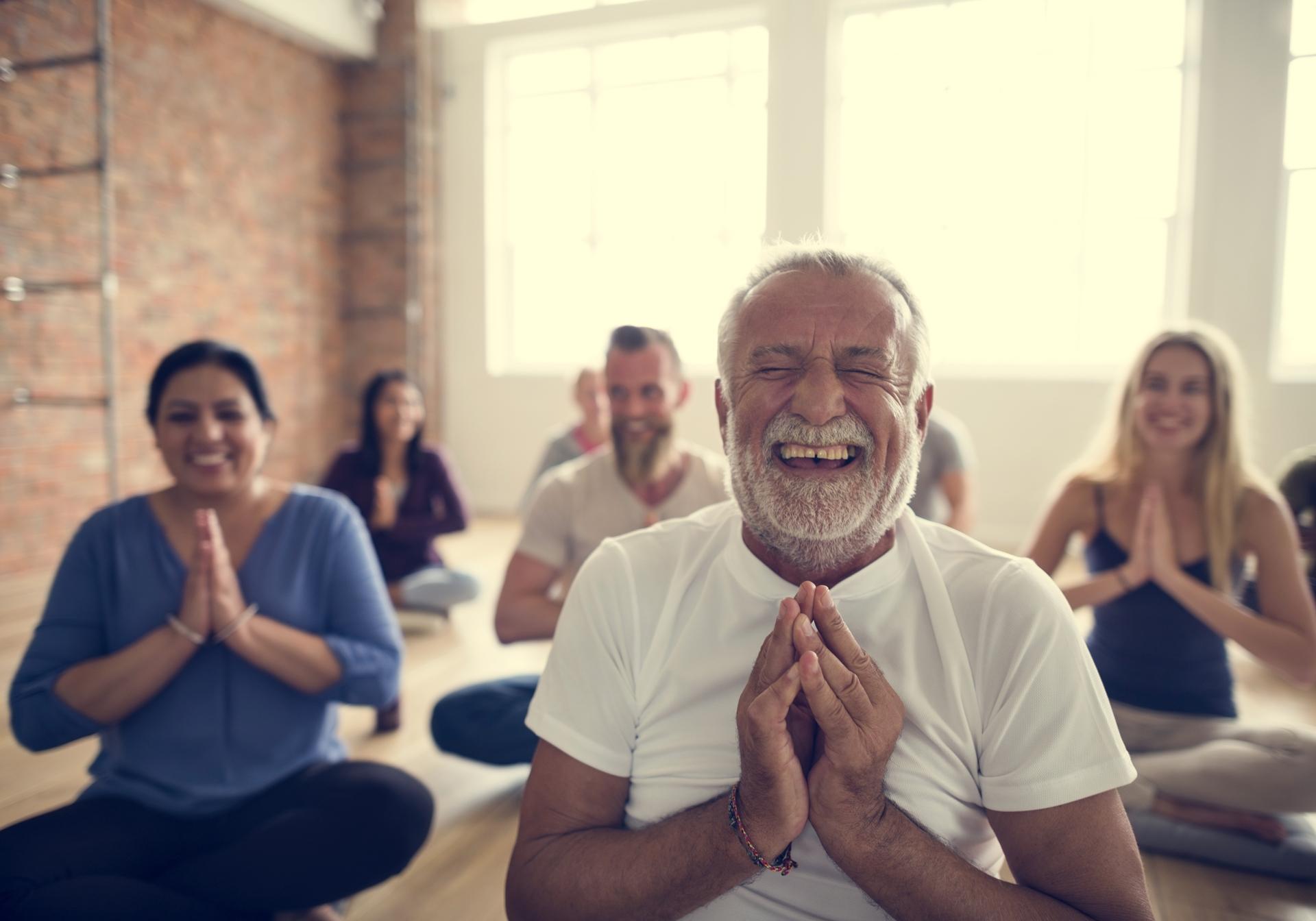 Les bienfaits du yoga pour les aînés